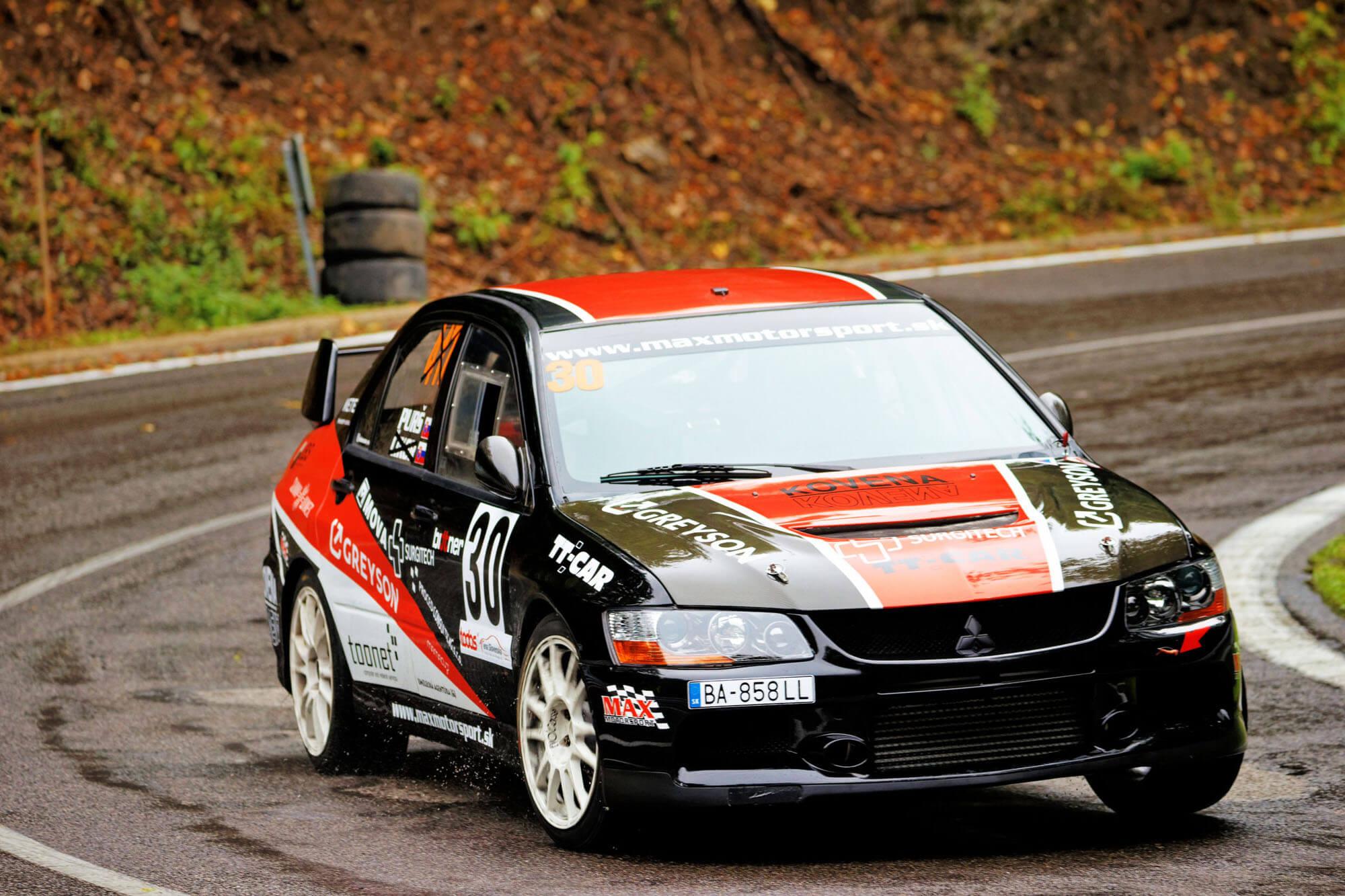 Pezinska Baba 2020, stavba zavodnych vozidiel, nahradne diely, programovanie riadiacej jednotky, pretekarske palivo, Maxmotorsport